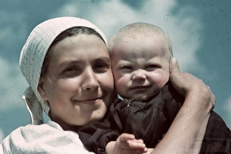 5889 - Оккупированная Украина в фотографиях