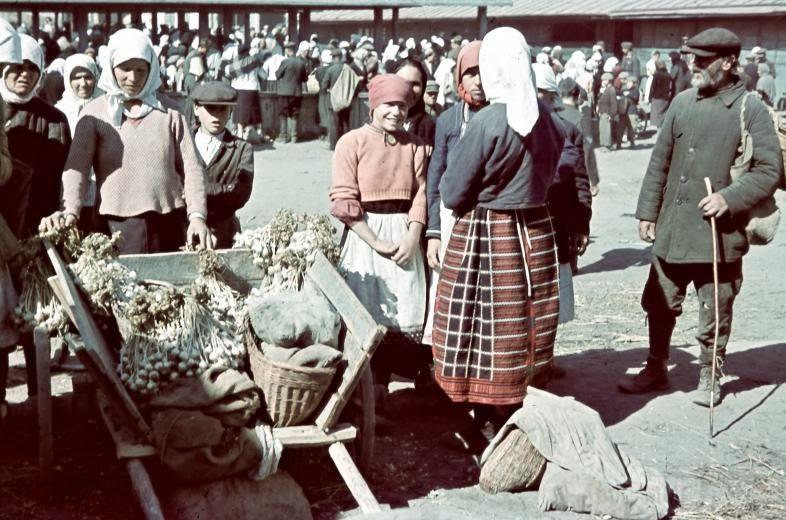 5892 - Оккупированная Украина в фотографиях