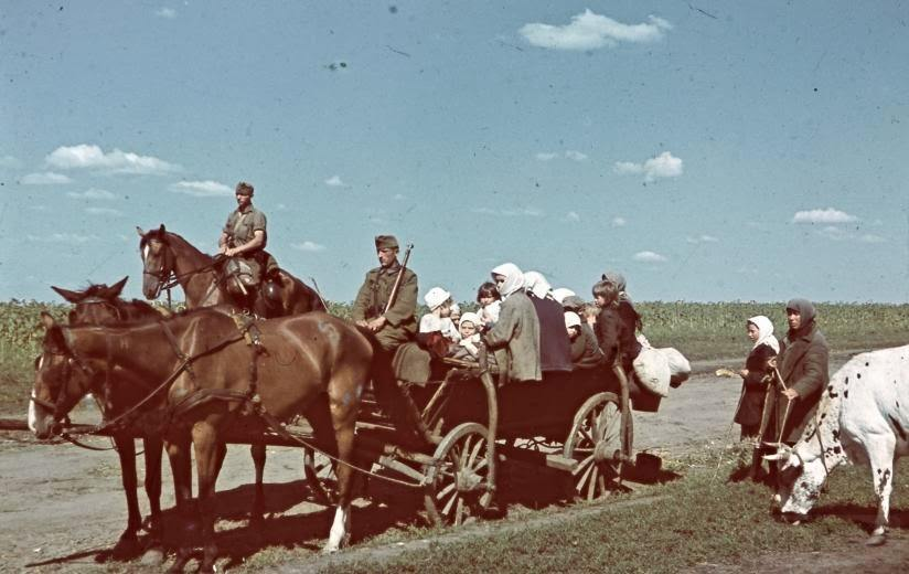 5895 - Оккупированная Украина в фотографиях