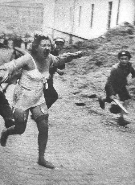 5918 - Оккупированная Украина в фотографиях