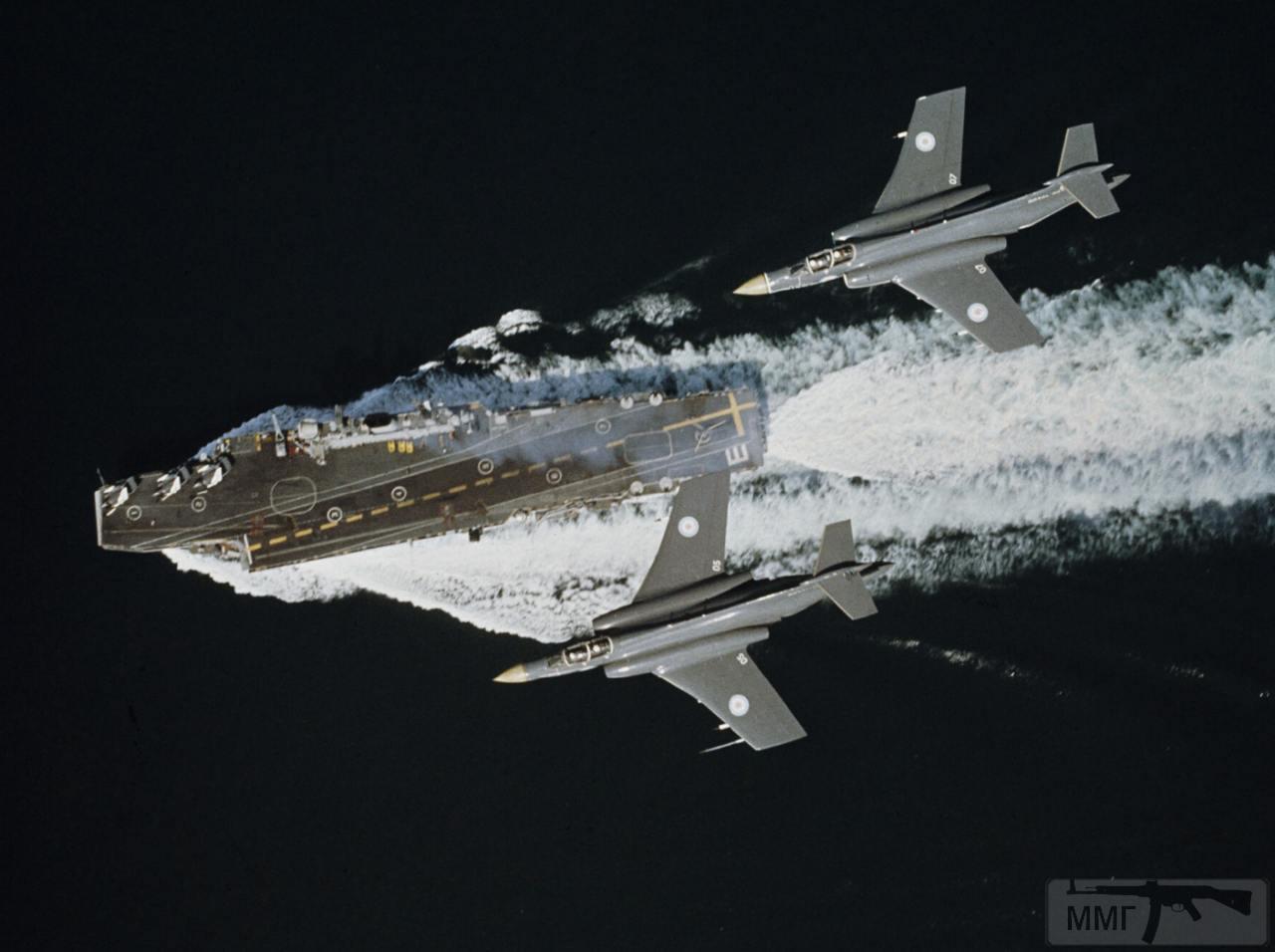 59353 - Два авианосца