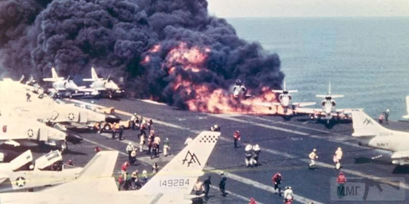 59513 - Два авианосца
