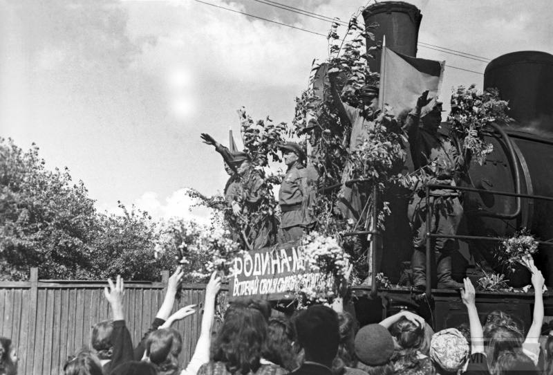 59957 - Военное фото 1941-1945 г.г. Восточный фронт.