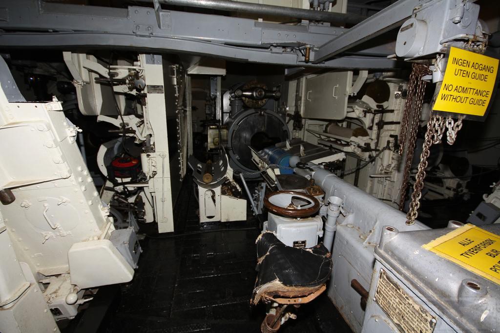 5996 - Корабельные пушки-монстры в музеях и во дворах...