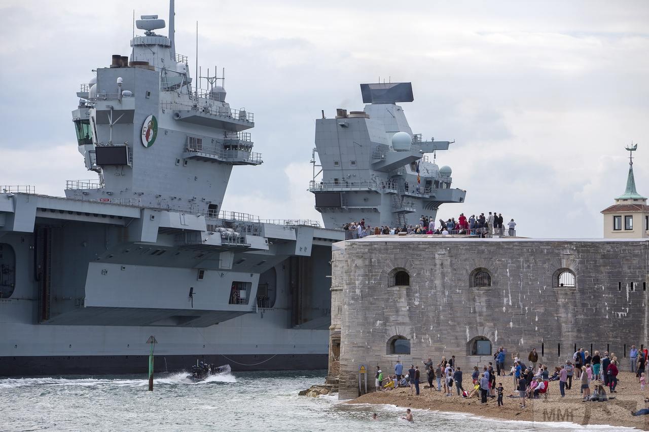 60096 - HMS Queen Elizabeth
