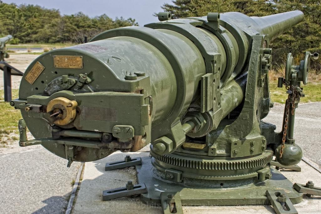 6136 - Корабельные пушки-монстры в музеях и во дворах...