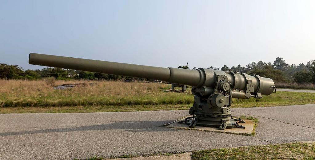 6138 - Корабельные пушки-монстры в музеях и во дворах...