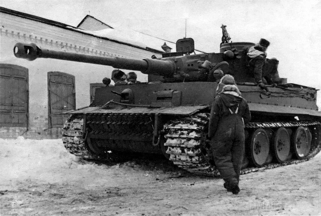 6224 - Achtung Panzer!