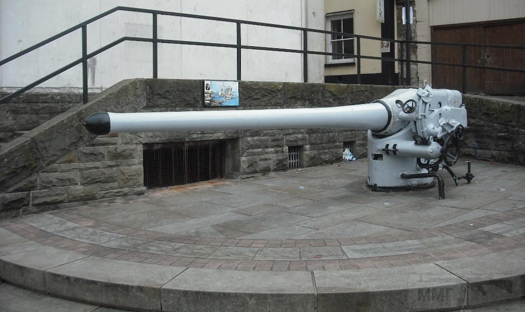 6226 - Корабельные пушки-монстры в музеях и во дворах...