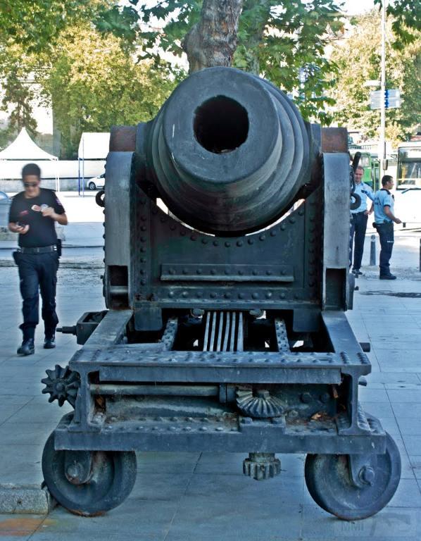 6260 - Корабельные пушки-монстры в музеях и во дворах...