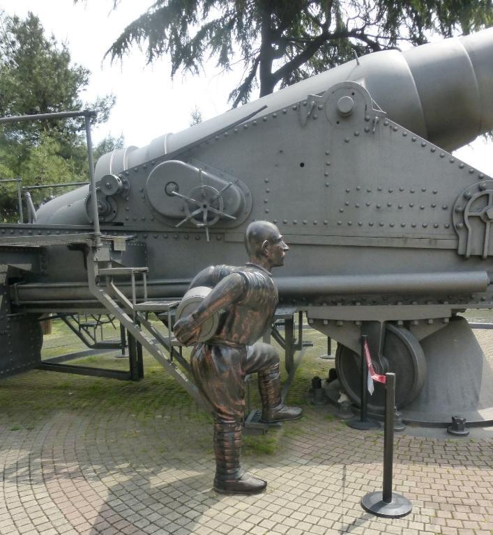6263 - Корабельные пушки-монстры в музеях и во дворах...