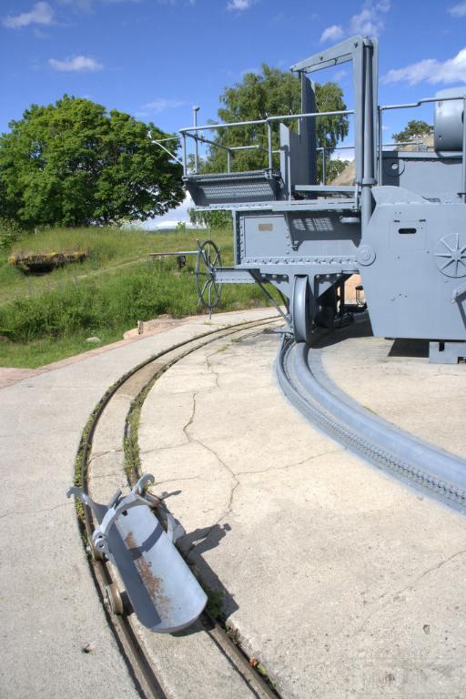 6328 - Корабельные пушки-монстры в музеях и во дворах...