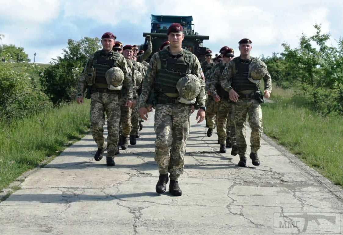 63479 - Реалії ЗС України: позитивні та негативні нюанси.