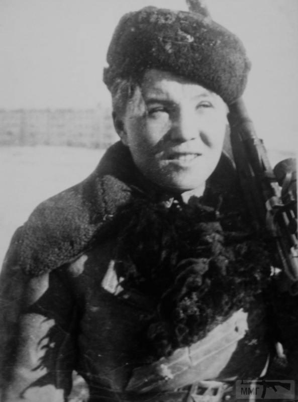 64442 - Женщины на войне.