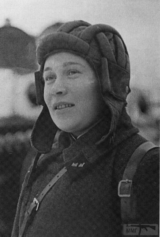 64548 - Женщины на войне.