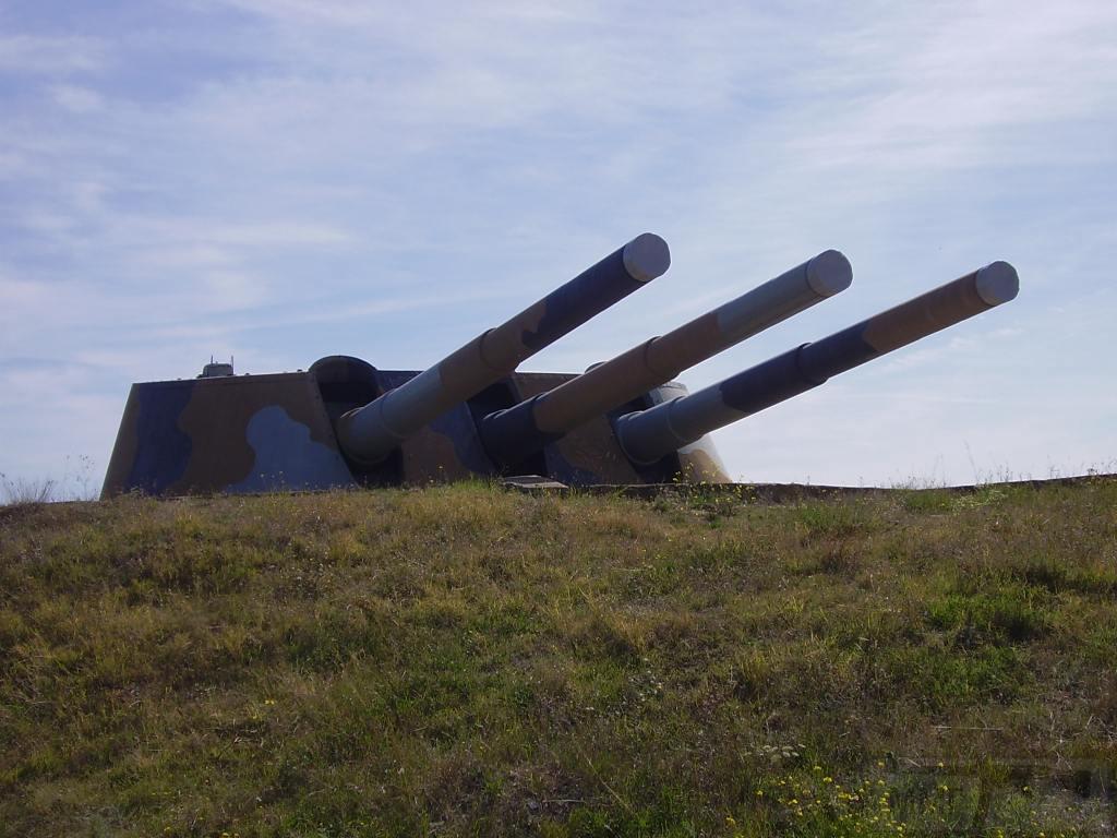 6519 - Корабельные пушки-монстры в музеях и во дворах...