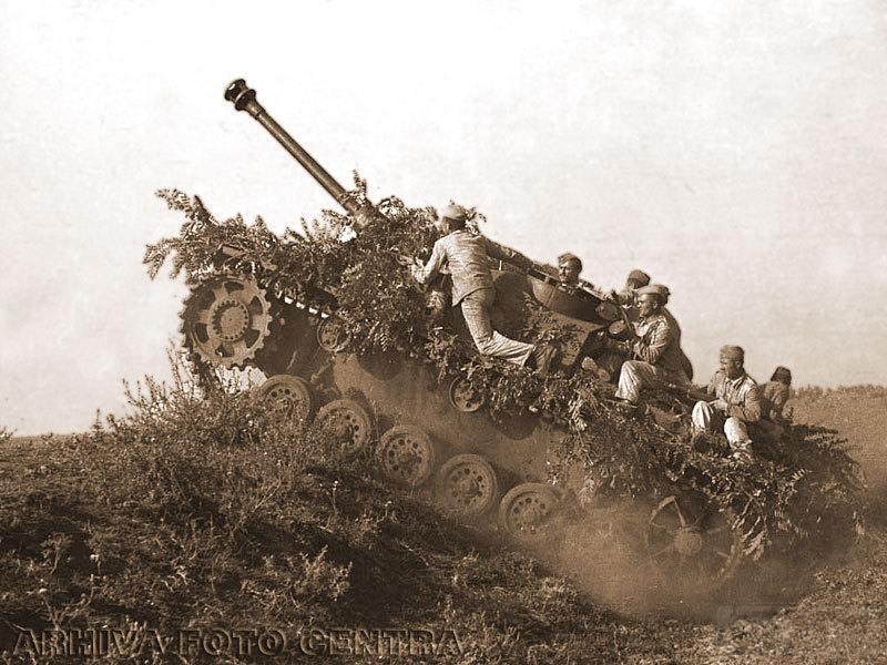 """6537 - Служба немецких """"коробочек"""" после войны..."""