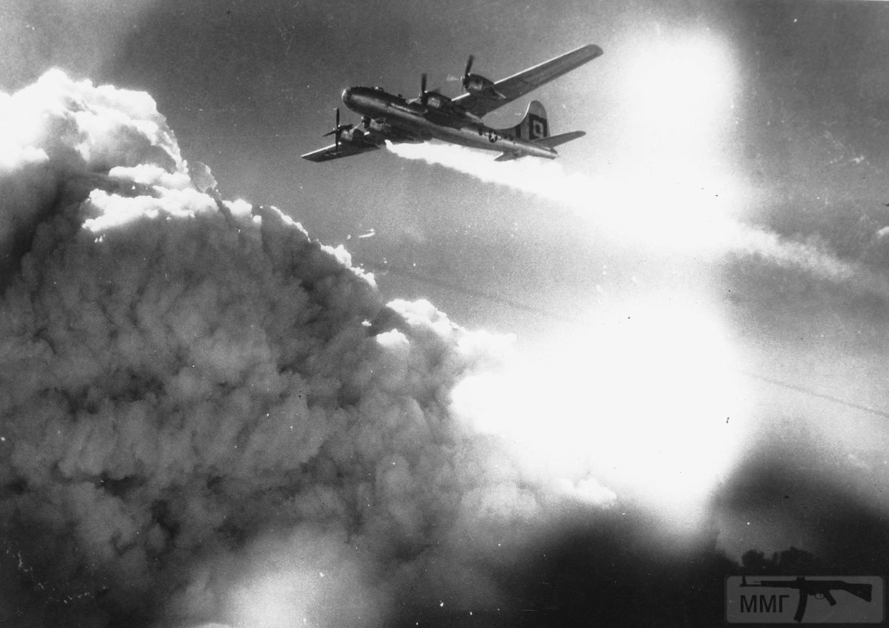 65496 - Стратегические бомбардировки Германии и Японии