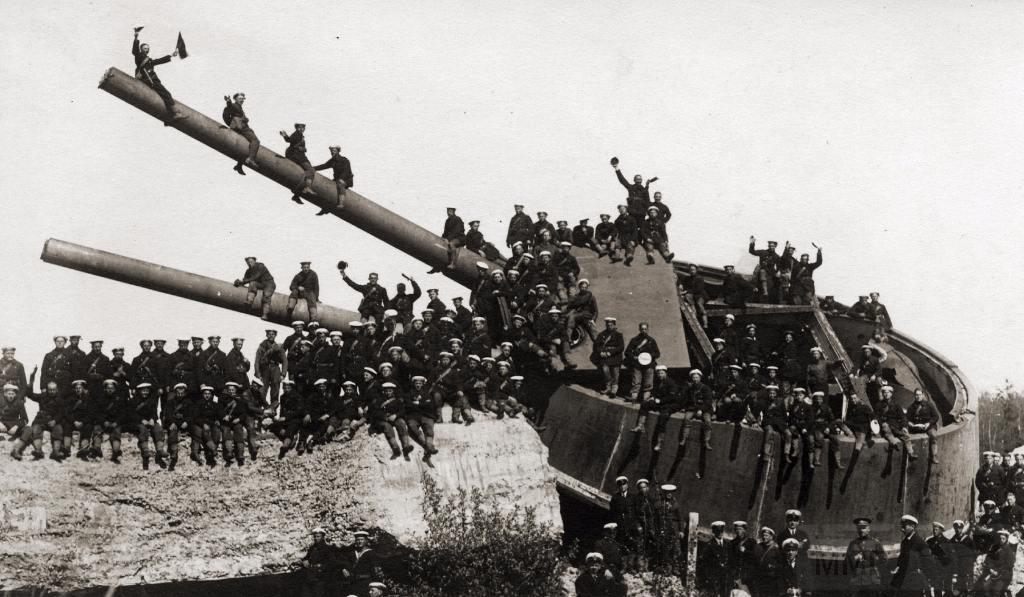 6584 - Корабельные пушки-монстры в музеях и во дворах...