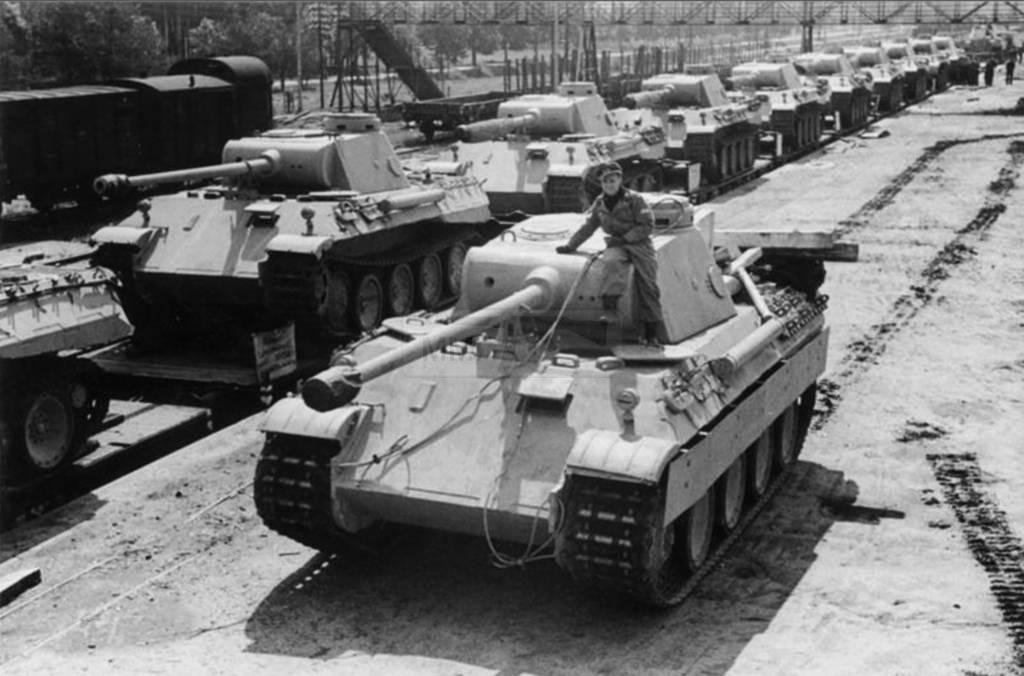 659 - Achtung Panzer!