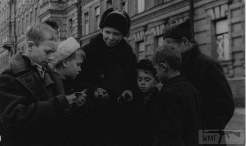 66216 - Діти на війні.
