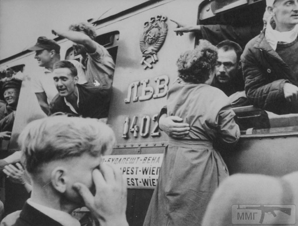 66470 - На стройке немцы пленные на хлеб меняли ножики...