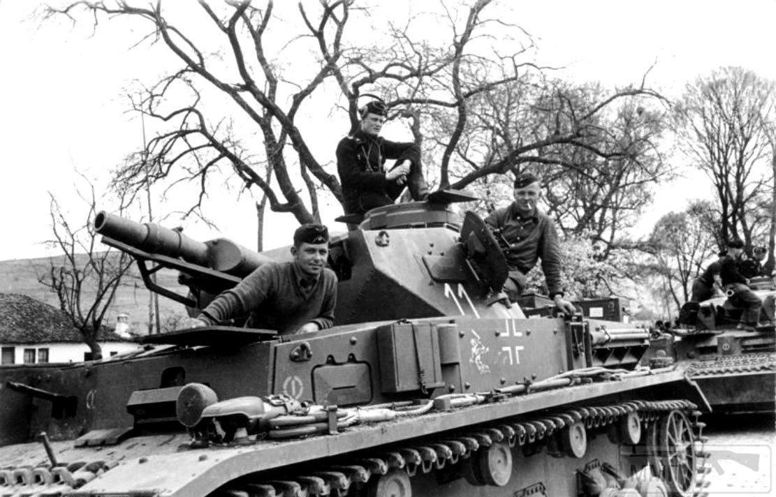 67936 - Achtung Panzer!