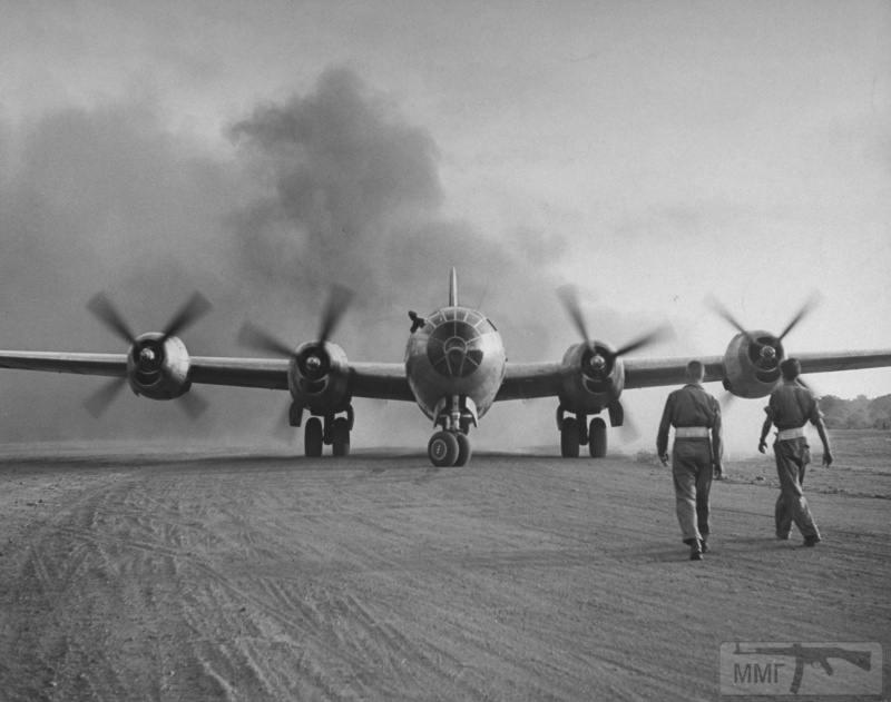 68144 - Стратегические бомбардировки Германии и Японии