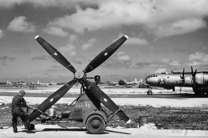 68944 - Стратегические бомбардировки Германии и Японии
