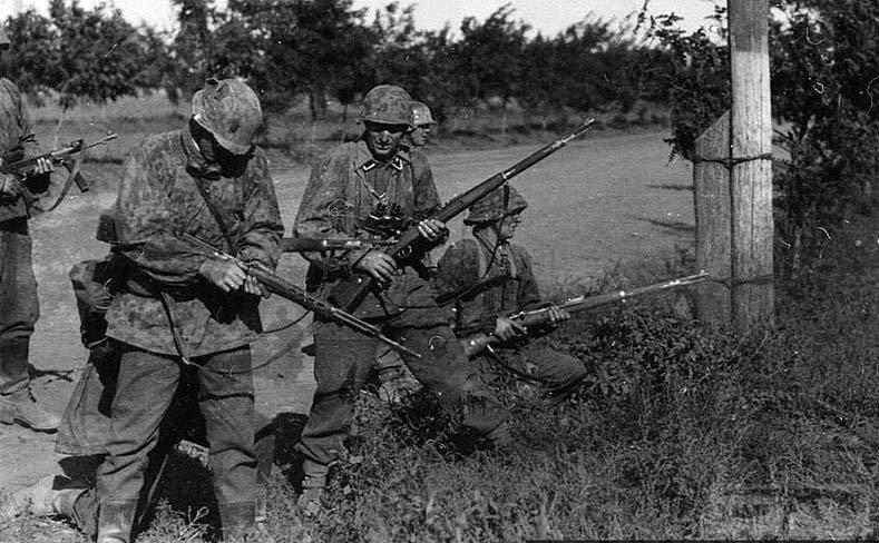 68977 - Военное фото 1941-1945 г.г. Восточный фронт.