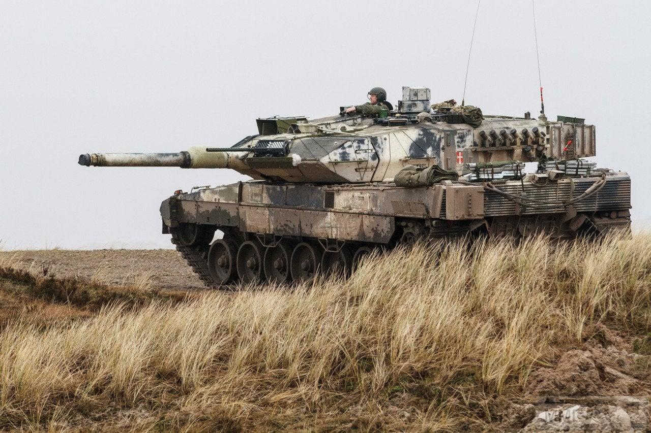 69006 - Современные танки