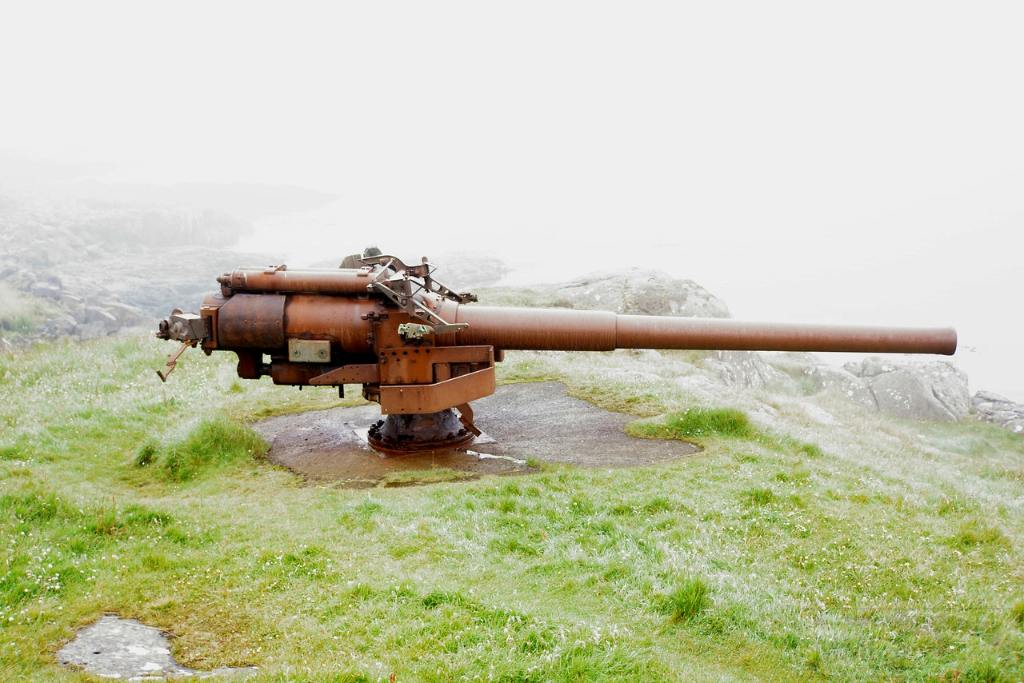 6992 - Корабельные пушки-монстры в музеях и во дворах...