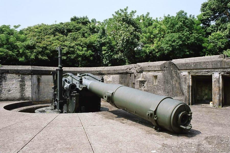 7005 - Корабельные пушки-монстры в музеях и во дворах...