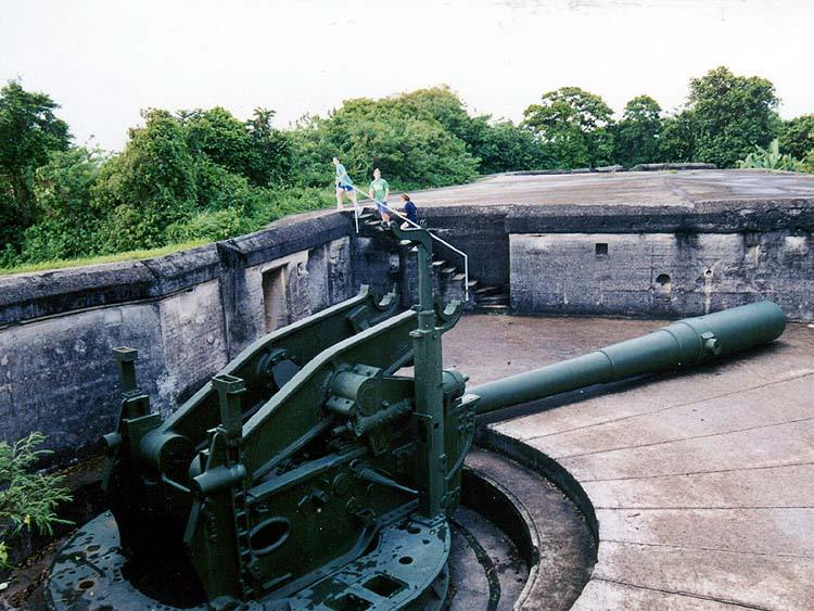 7006 - Корабельные пушки-монстры в музеях и во дворах...