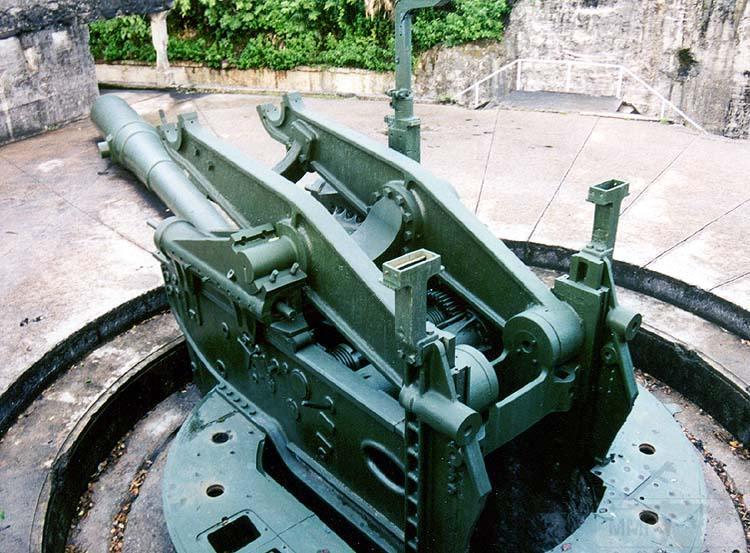 7007 - Корабельные пушки-монстры в музеях и во дворах...