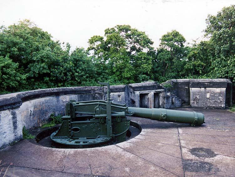 7008 - Корабельные пушки-монстры в музеях и во дворах...