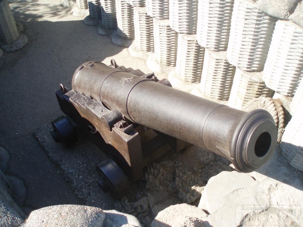 7051 - Корабельные пушки-монстры в музеях и во дворах...