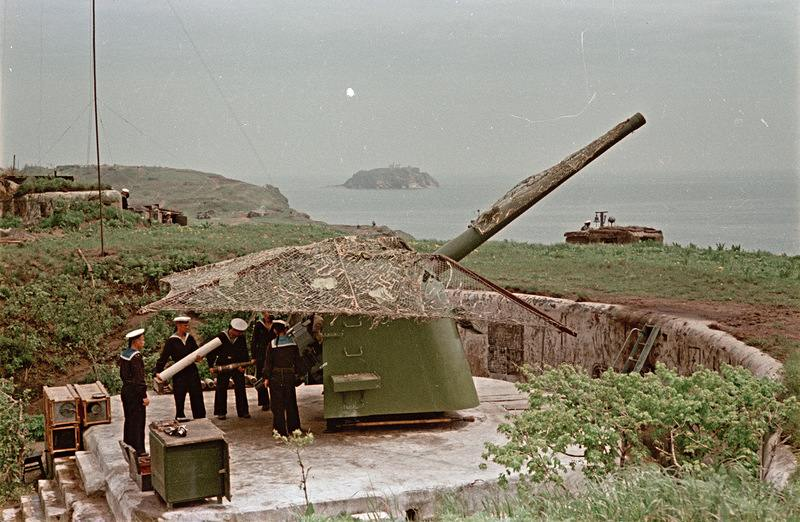 7075 - Корабельные пушки-монстры в музеях и во дворах...