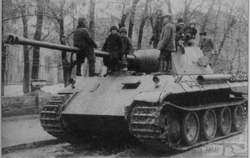 70811 - Діти на війні.