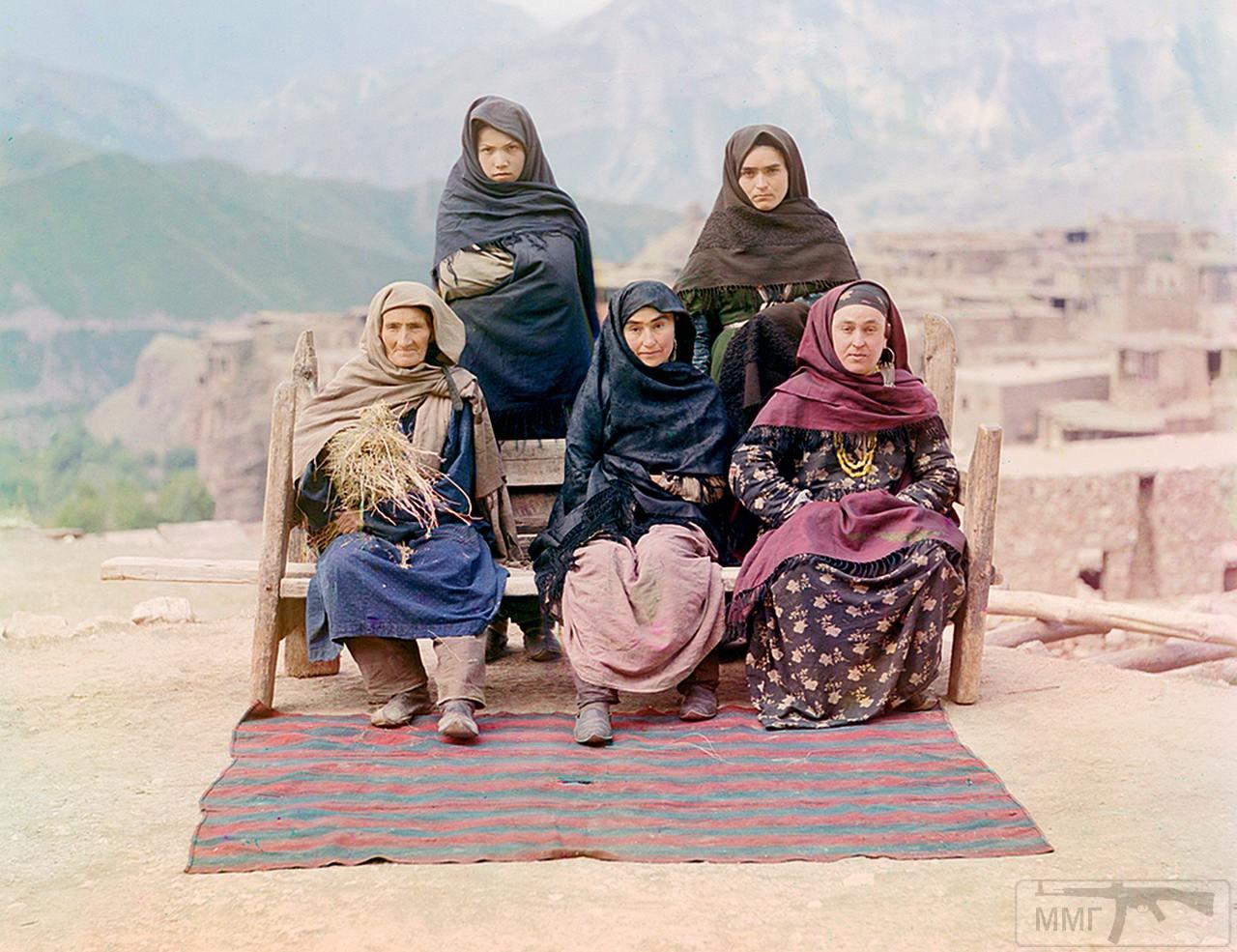 71677 - Женщины Дагестана, 1910 год