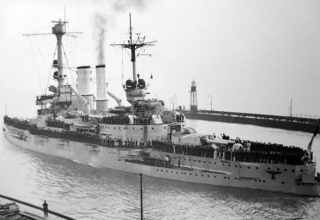 7272 - Deutschland class pre-dreadnought SMS Schlesien