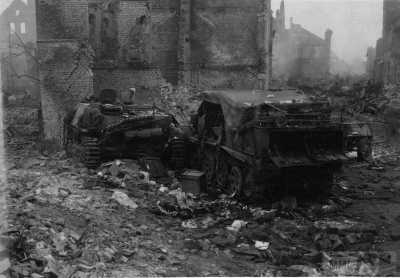 72813 - Истребители танков того времени.