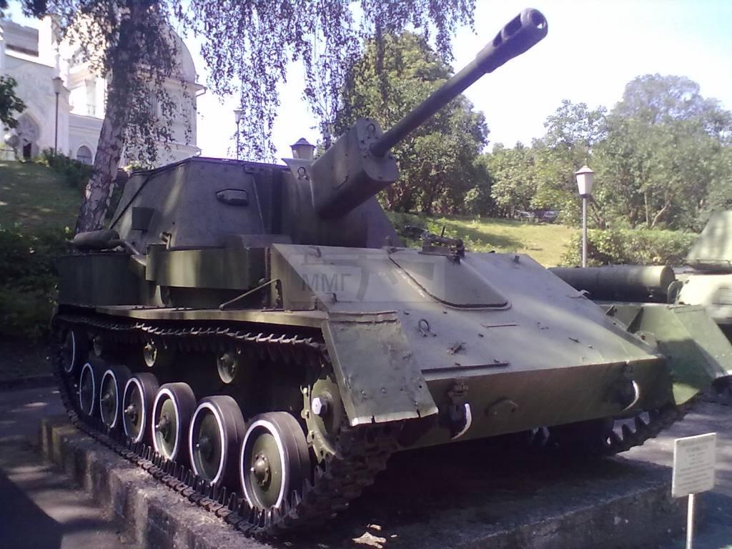 730 - музей Корсунь-Шевченківської битви.