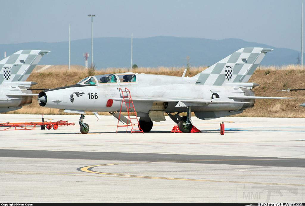 7330 - Последние МиГ-21