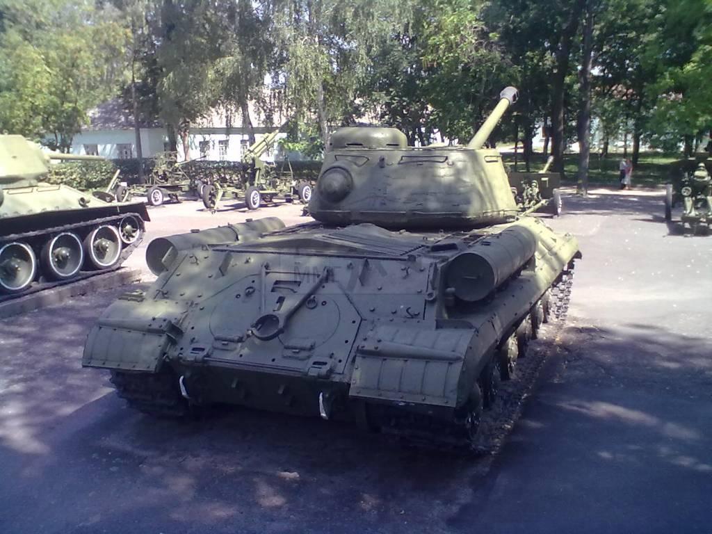 734 - музей Корсунь-Шевченківської битви.