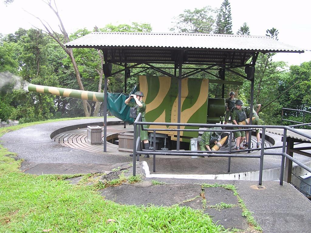 7355 - Корабельные пушки-монстры в музеях и во дворах...