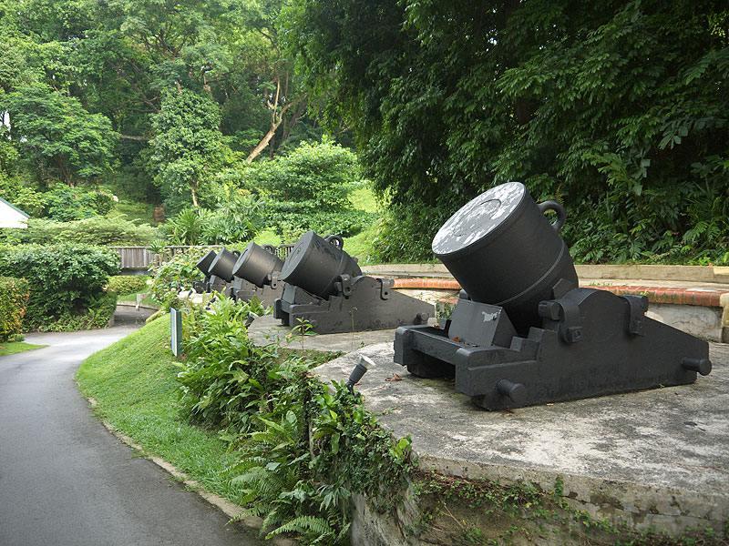 7367 - Корабельные пушки-монстры в музеях и во дворах...