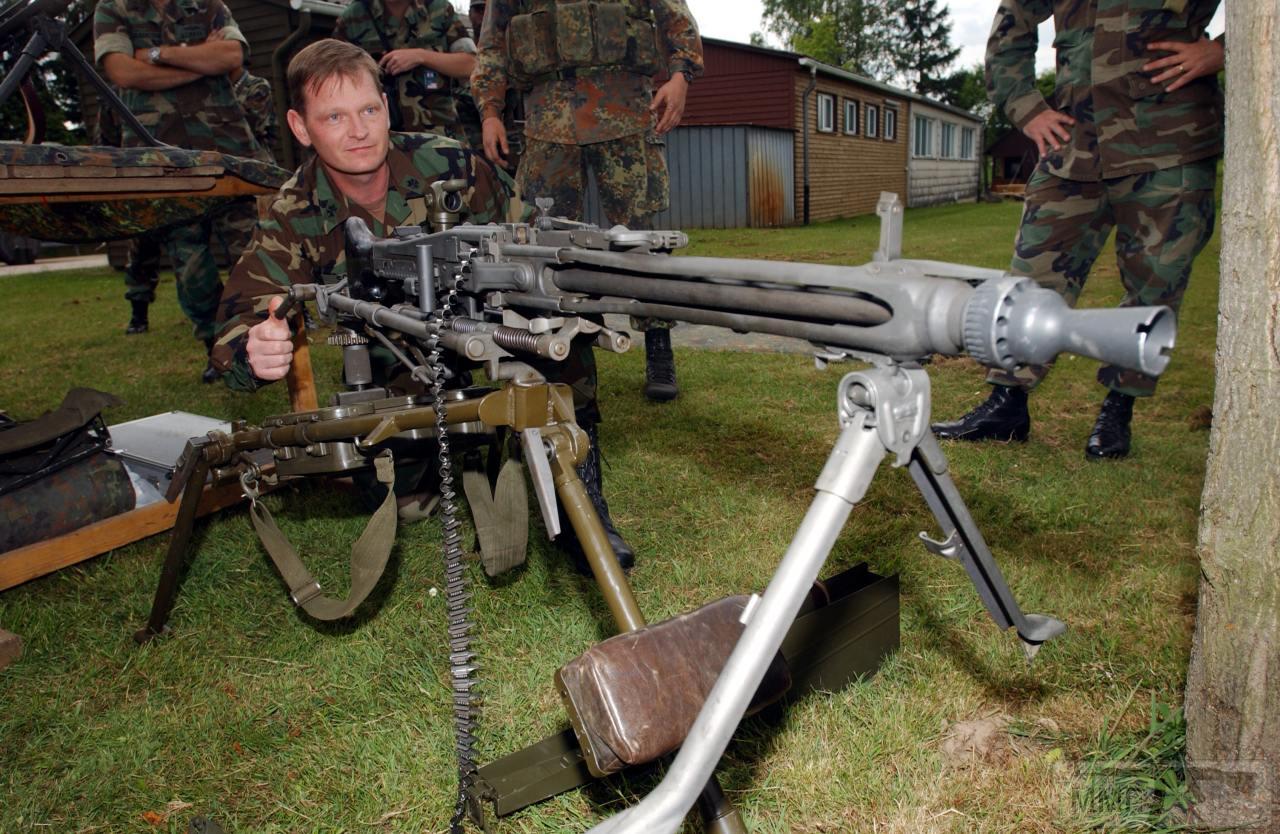 74075 - Фототема Стрелковое оружие