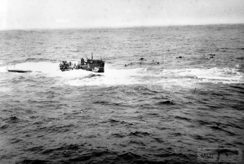 75018 - Волчьи Стаи - Германские подводные лодки двух мировых войн