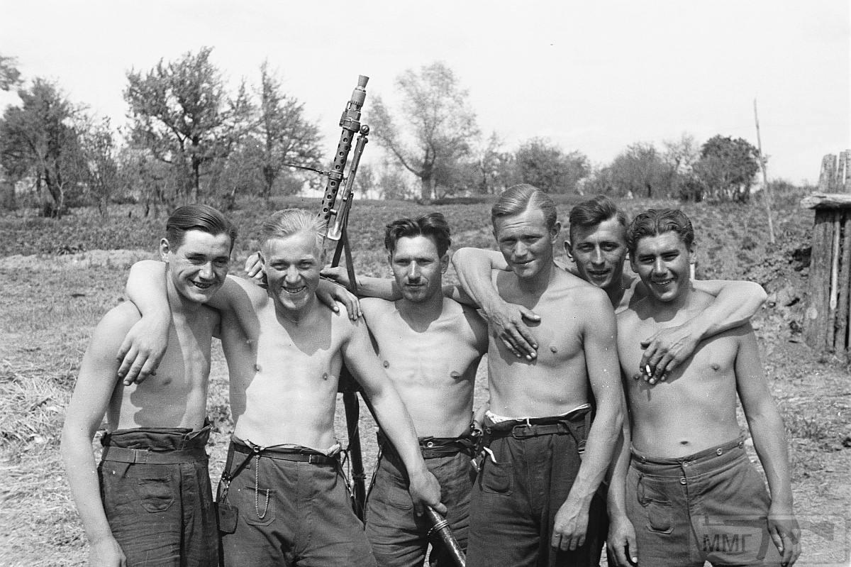76332 - Военное фото 1941-1945 г.г. Восточный фронт.